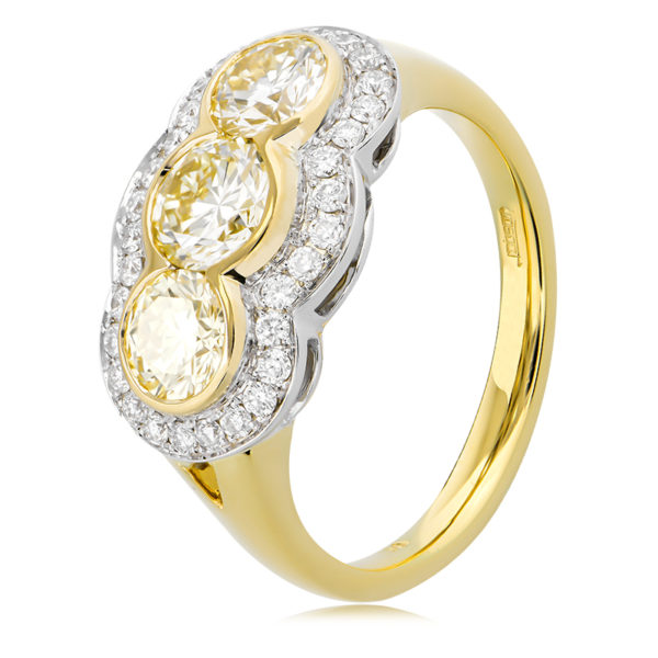 Cape Diamond Ring